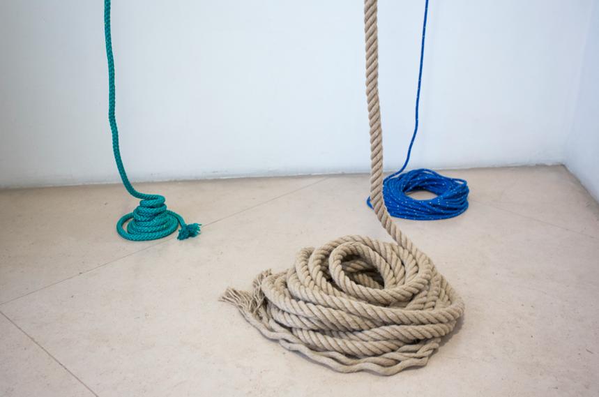 Judith Hopf, Senza titolo, 2013. Courtesy l'artista e Kaufmann Repetto, Milano. In comodato a Madre – museo d'arte contemporanea Donnaregina, Napoli. Foto © Amedeo Benestante.