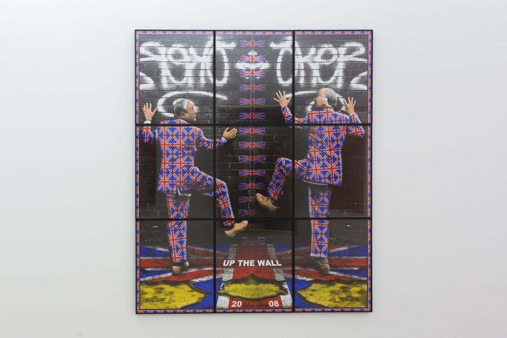 Gilbert & George, Up the Wall / Sul muro, 2008. Collezione Alfonso e Cristina Artiaco, Pozzuoli. In comodato a Madre · museo d'arte contemporanea Donnaregina, Napoli. Foto © Amedeo Benestante.