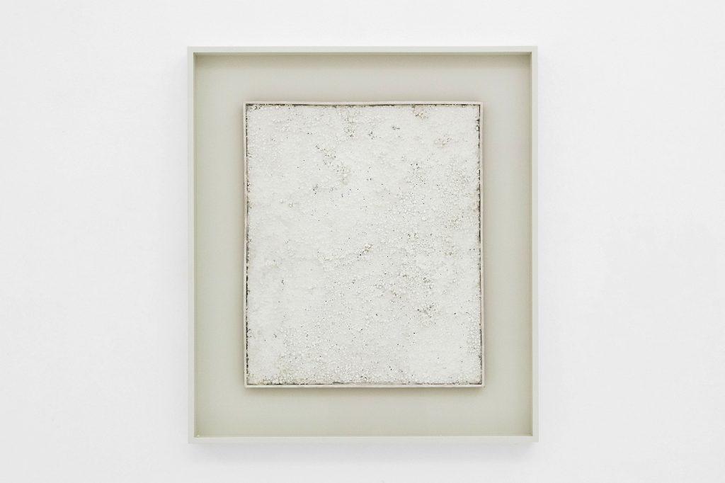 Piero Manzoni, Achrome, 1962-63. Collezione Glenn and Mindy Stearns, Wilson – Wyoming. In comodato a Madre · museo d'arte contemporanea Donnaregina, Napoli. Foto © Amedeo Benestante.