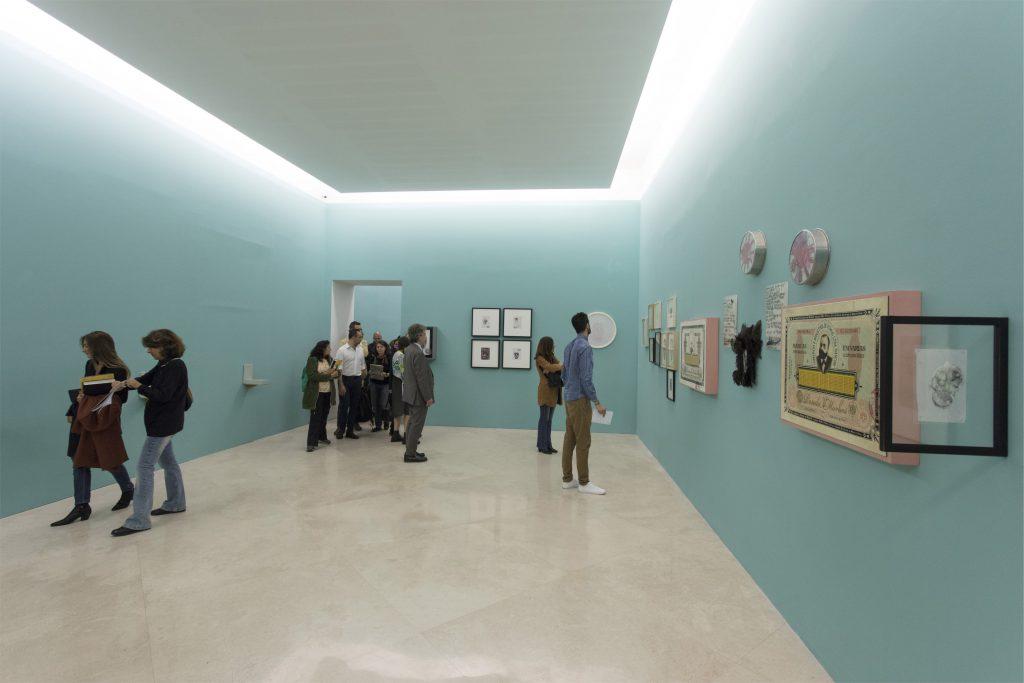 Roberto Cuoghi, PERLA POLLINA, 1996-2016, 2017 (veduta della mostra al MADRE · museo d'arte contemporanea Donnaregina, Napoli). Courtesy Fondazione Donnaregina per le arti contemporanee, Napoli. Foto © Amedeo Benestante.